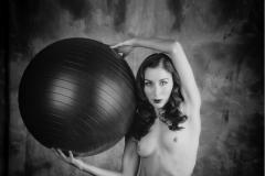 Nude and Ball
